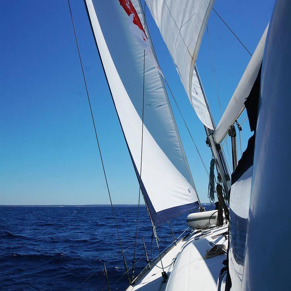 Яхта Hunter 50